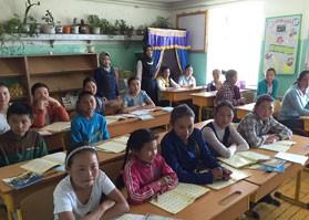 Moğolistan'da Yaz Kursları Devam Ediyor